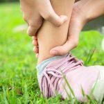 Entorsa de glezna: tot ceea ce trebuie sa stii, de la cauze la recuperare